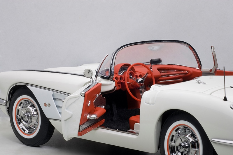 Philly Mint Models Autoart 1958 Corvette Roadster White