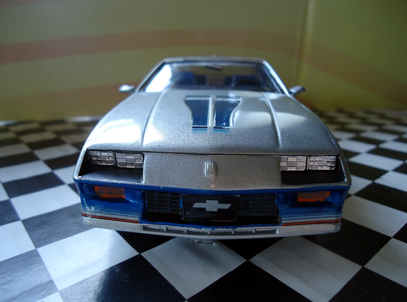 http://phillymint.com/i_modeling/82pacecar3.png